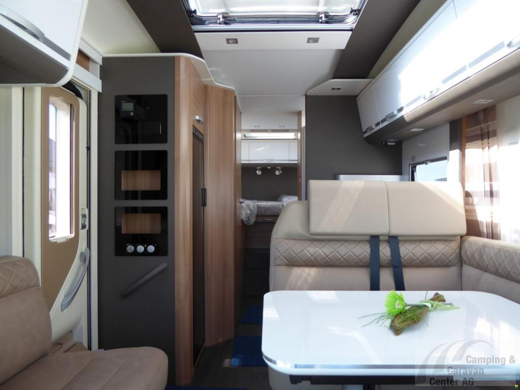 adria coral plus 670 sl wohnmobil motorcaravan. Black Bedroom Furniture Sets. Home Design Ideas